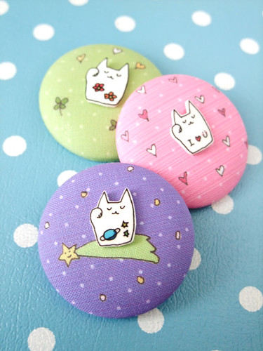 Luckycat brooches