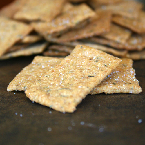 sourdough_tomato_crackers