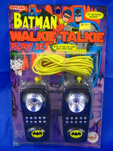 batman_ahiwalkietaliescard