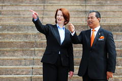 Look Over There | Julia Gillard (L) and Muhyiddin Yassin (wazari) Tags: portrait news history person photography asia julia character political assignment photojournalism australia personality event international malaysia kualalumpur putrajaya primeminister politic primeministeroffice vvip yassin internationalnews deputyprimeminister welcomingceremony muhyiddin highprofile juliagillard primeministerofaustralia wazari primeministerdepartment muhyiddinyassin wazariwazir officialassignment juliagillardmp timbalanperdanamenterimalaysia malaysiadeputyprimeminister primeministerjuliagillard