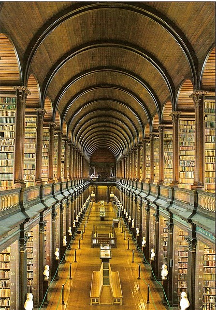 Long Room - Trinity College - Dublin
