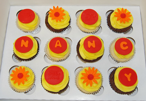 cupcakes Fall colors and daisies for a coworkers birthday