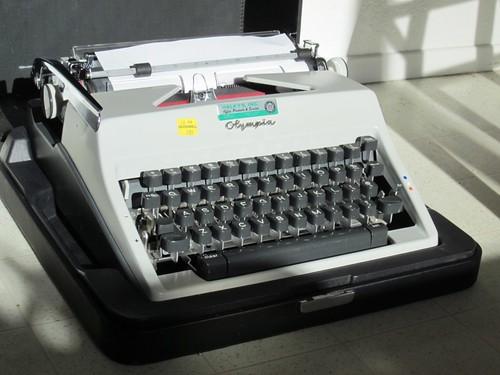 Olympia SM-9 No. 3