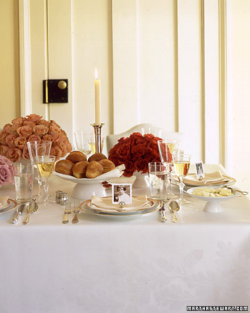 martha-stewart-timeless-table