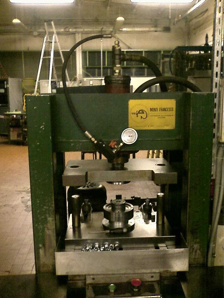 Hydraulic press h-frame Monti Francesco