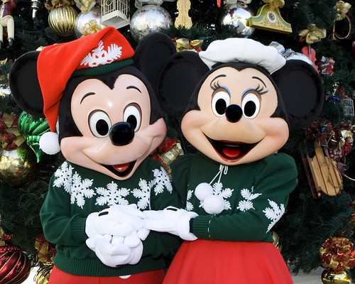 Mickey & Minnie Holiday