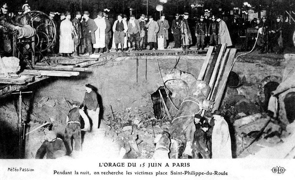 recherche des victimes dans l'effondrement place Saint-Philippe-du-Roule suite à l'orage du 15 juin 1914