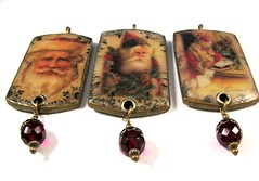 2010 Holiday Collection - Victorian Romance - Victorian Santas with Scrollwork Borders Trio Ornaments2