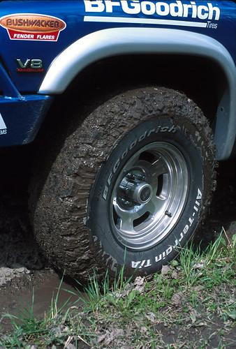 WW-muddyTire