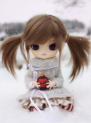 Winter arrived? (Chrii Chrii) Tags: christmas winter baby snow cute canon kid doll sweet dal pullip pepples obitsu dals lizbel