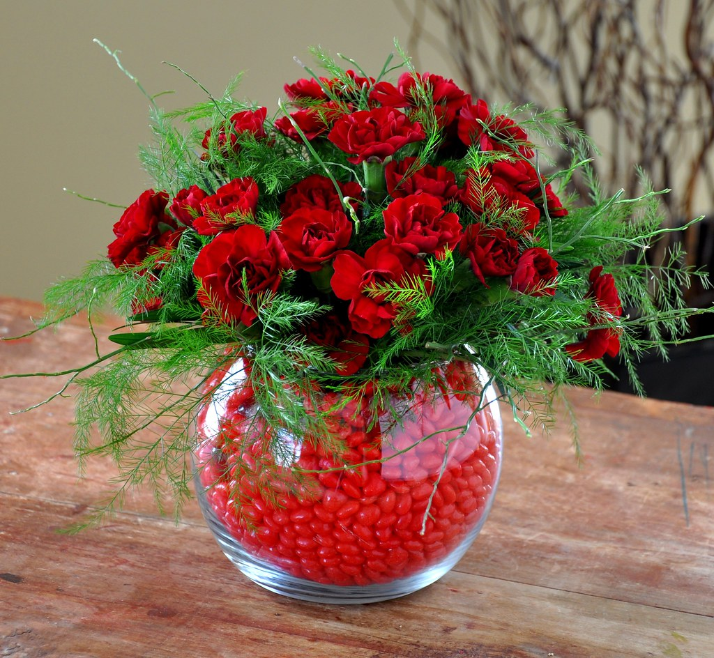 Valentine's Arrangement Using Carnations And Cinamon Hearts