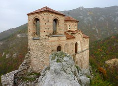 Asenova Fortress /    , Bulgaria (Frans.Sellies) Tags: church fort explore bulgaria fortress bulgarie bulgarije bulgarien bulharsko bulgaristan explored  asenova   asenovakrepost asensfortress   touraroundtheworld    p1280600  t t