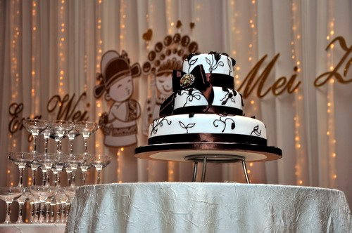 Eng Wei and Mei Zhi Wedding Cake 1