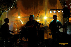 "PLAYING ""MY WAY"". (Viktor Manuel 990.) Tags: myway amimanera edsonadrianogroup musicalgroup bar night querétaro méxico victormanuelgómezg digitalart artedigital"