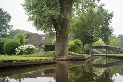 DSC00838 (sylviagreve) Tags: 2017 giethoorn boat canal overijssel netherlands nl