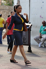 Ballerina on the streets (vinylmeister) Tags: camera girls people woman photography chica dominicanrepublic events year streetphotography places dominicana chicas santodomingo 2010 photocamera streetfashion photograpy dominicanrepublicrepublicadominicana otherkeywords nikond700 nikonafnikkor85mmf14dif holidays2010