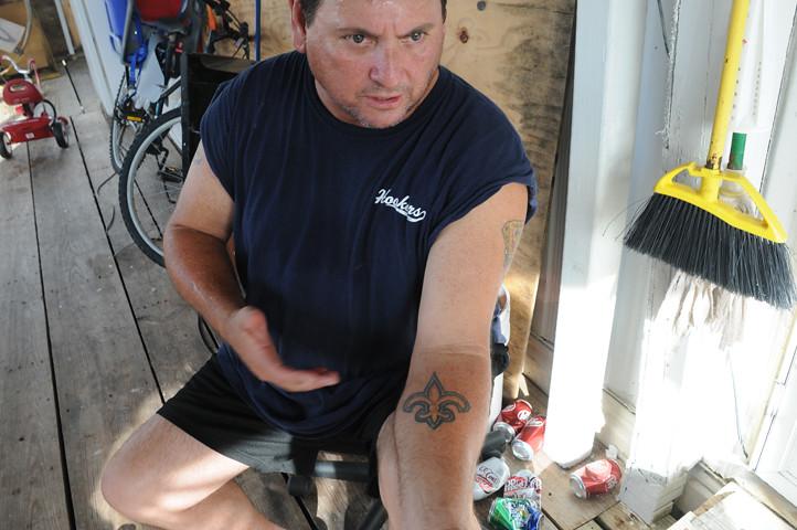 man with fleur de lis tattoo_0973 web