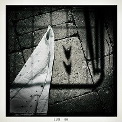 bwArrows (icyThings) Tags: shadow bw italy tissue ombra bn clip iphone molletta fazzoletto iphoneography iphoneographer iphone3gs hipstamatic fotogriphone