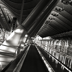 Follow the track # 2 (Frederic-JG) Tags: madrid building glass architecture digital concrete blackwhite airport spain iron steel july terminal 2010 terminal4 richardrogers fredericjg fredericblanque wwwfredericjgcom