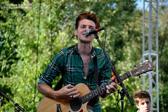 Nick Santino-A Rocket To The Moon (Jessica Norwood Photography) Tags: show new justin england moon its ma outdoors photography concert eric jessica live massachusetts hey nick cook andrew flags jess series to rocket mass norwood six richards starburst santino the halvorsen agawam a heyitsjess