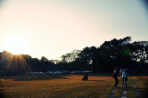 東海大學路思義教堂前的草坪