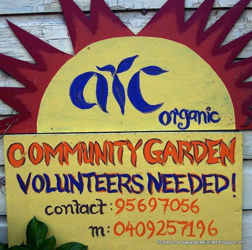 community garden sign in Sydney, AUS (by: Audrey Low, creative commons license)