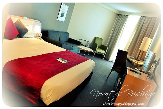 Novotel Brisbane: King-Size Bed