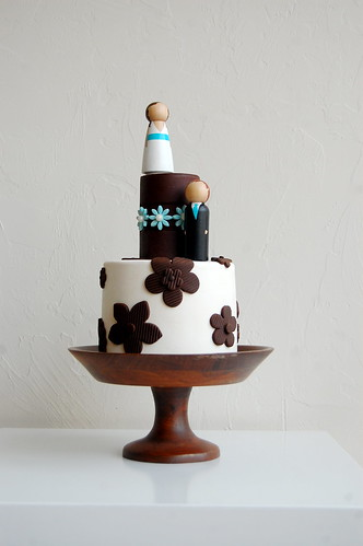 Wedding Cake in brown and blue photo