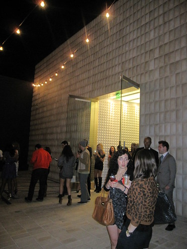 Fashion Night Out LA 2010 040