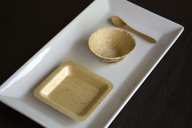 Restaurantware Bamboo Disposable Plates