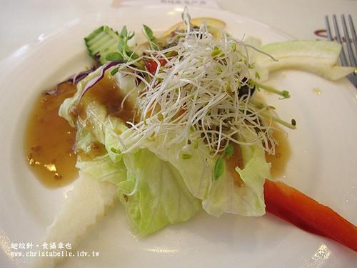 Su蔬食料理沙拉佐油醋醬