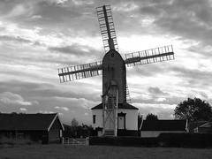 P9147440 (Paul_sk) Tags: green mill windmill suffolk post saxtead