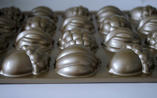 Fall baking pan