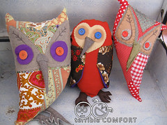 Owl in Spotlight Owls by Belinda Suzette (1) (terrible COMFORT) Tags: cute halloween wool beautiful diy puppet handmade buttons sewing stage craft australia melbourne felt spooky softie softies puppets homemade owl nightmare occult props prop owls sewn puppetry engaging puppeteering halloweenpuppet