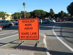 Share Lane With Bicyclists