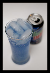 100210 (AgentThirteen) Tags: blue food beverage pop dew soda 365 caffeine sodapop voltage moutaindew