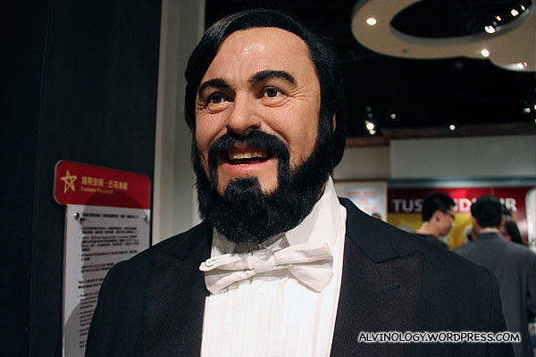 Super Soprano - Luciano Pavarotti