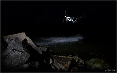 night session (2) (Tomi Thti) Tags: ocean light sea kite water suomi finland wind flash surfing kiteboa