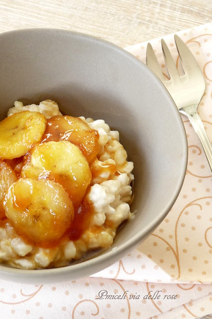 Corn pudding with caramelized bananas