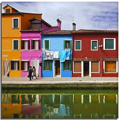 Burano tribute (7) - Living among the colors (Nespyxel) Tags: houses windows colors reflections walking case walker laguna colori riflessi burano finestre reflexes veneto colorphotoaward superlativas nespyxel stefanoscarselli saariysqualitypictures livingamongthecolors