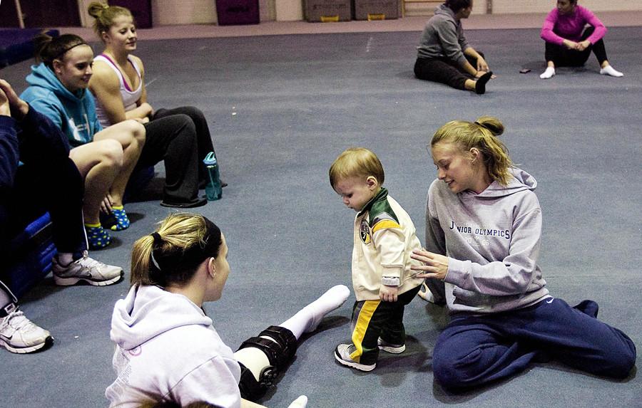 gymnast dg 1010