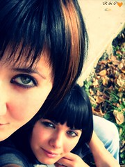 Bff's..<3 (R&C creations) Tags: autumn girls friends green love hair leaf eyes carina happiness roxanne bff blackpencil