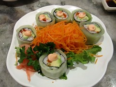 Kani Salad Roll