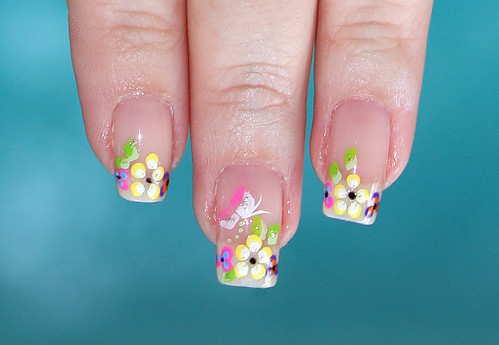 Spring Flowers Manicure Natural Nails - Close Up!!