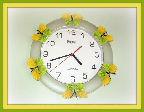 Liblikad kellal