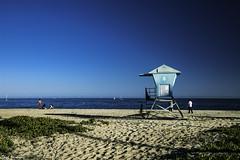 Lifeguard stand (Thad Zajdowicz) Tags: california usa availablelight canon eos 5dmarkiii 5d3 dslr digital lightroom ef24105mmf4lisusm zajdowicz santabarbara beach lifeguardstand sand sea ocean pacificocean sky landscape nature travel