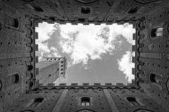 Siena (Luigi Azzarone) Tags: siena torredelmangia toscana tuscany nikond7100 nikonafsdx1680mmf284eedvr