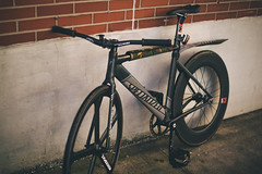IMGL9668 (tseringzzz) Tags: teamspecialized teamlangsterpro specialized fixed fixedgearnyc fixiedbikes brakeless 88mm aerospoke sunsets nyc queens queenscapes lic 2017