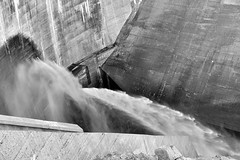 Misa Ato Photography Barrage de Villefort 2017 (misaato) Tags: hydraulique barrage altier villefort monochrome noiretblanc blancetnoir blackandwhite blackartwhite bw grey gris water eau riviere river misaato nikonflickraward art nikon dam dams misaatophotography misa ato flickr photo best world nationalgéographic albnegru hiveminer flickrose flickriver