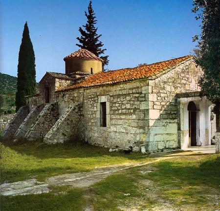 Η εκκλησία του Αγίου Γεωργίου στο σημερινό Ακραίφνιο